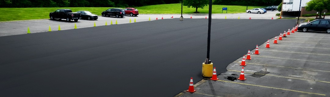 D&J Contracting Inc Asphalt Paving Parking lot